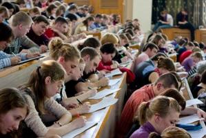 В Минобразования рассказали о новом порядке выплаты студенческих стипендий