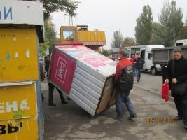 Все что нажито непосильным трудом: в Ленинском районе демонтировали 2 киоска «Позвони», 2 металлических киоска и 1 арбузную сетку