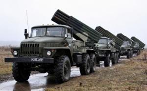 Россия перебросила на Донбасс «Грады», танки и боеприпасы - разведка