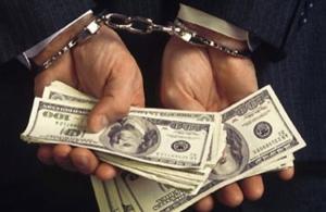 На Николаевщине полицейский  пытался получить взятку через посредника