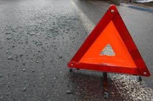 В Николаевской области столкнулись «VOLKSWAGEN» и «КАМАЗ»:  2 человека травмированы