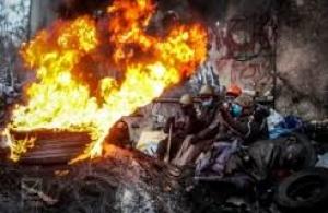Оружие Евромайдана не только булыжник: в сети появился новый революционный хит