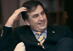 Саакашвили обвиняют в организации нападения на своих политических оппонентов