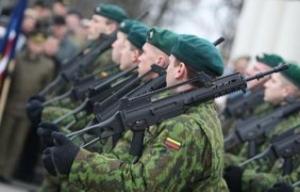 Литва возобновляет призыв в армию из-за ситуации в Украине
