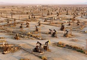 США расширяют экспорт легкой сланцевой нефти