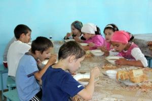 Херсонские ПТУ будут бесплатно кормить детей  воинов АТО и детей-переселенцев