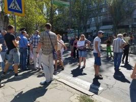 В Николаеве торговцы рынка на 3-й Слободской требуют вернуть им рабочие места и снизить аренду