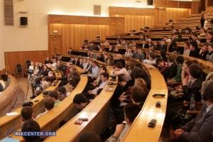 В херсонских вузах ждут студентов-беженцев