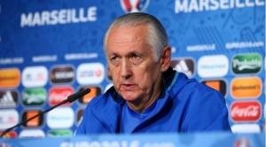 Главный тренер сборной Украины по футболу подал в отставку