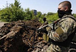 Под Донецком террористы обстреляли машину скорой помощи