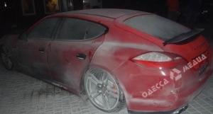 В одесском автосалоне взорвали Porsche Panamera (ВИДЕО, ФОТО)