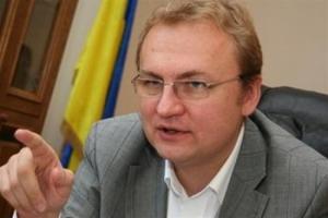 Мэр Львова прокомментировал обстрел своего дома