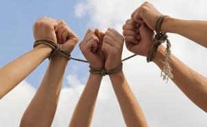 Количество жертв торговли людьми в Украине растет - ОБСЕ