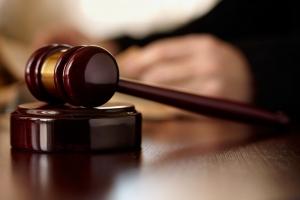 Судью-взяточника из Одессы отстранили от должности спустя полгода после задержания