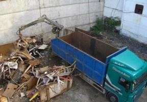 Из Херсонской области незаконно вывозят металл