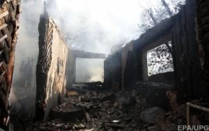 Боевики обстреляли Станицу Луганскую зажигательными боеприпасами