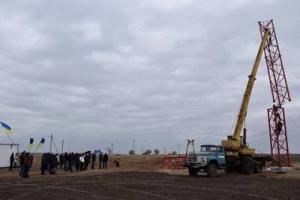 На Чонгаре начато строительство вышки для вещания на Крым