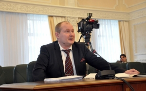 Киевский судья-взяточник Чаус сбежал в Крым благодаря судейскому иммунитету