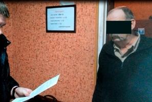 В Николаеве задержали банщика, который подрабатывал сутенерством