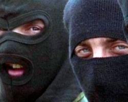 Разбойное нападение в Николаеве: двое неизвестных угрожая ножом и ружьем детям, ограбили частный дом