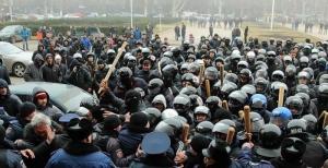 Экс-заместителя начальника одесской милиции обвинили в причастности к избиению активистов