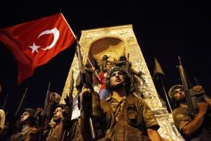 В Турции в результате попытки переворота погибли 265 человек