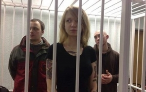 Суд продлил арест бойцу