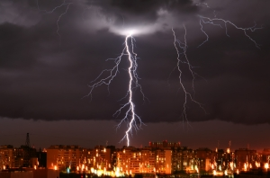 В Одессе молния попала в газовую трубу