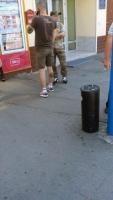 На одесском оптовом люди в камуфляже собирают поборы с торговых точек