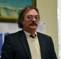 В Николаеве откроют мемориальную доску книгоиздателю Валерию Карнауху