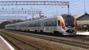 Из поезда «Киев-Днепропетровск» эвакуировали 359 пассажиров из-за сообщения о минировании