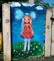 Жительница Одесской области разрисовала свой дом