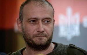 Ярош призвал военных и правоохранителей не подчиняться властям