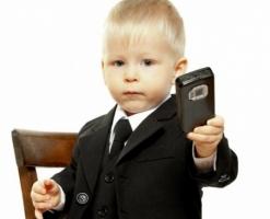 Николаевские правоохранители задержали мошенника, который выманил у детей «мобильники»