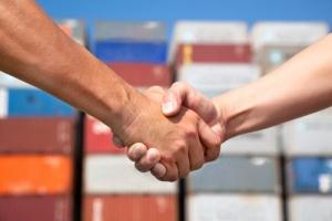 С кем и чем торгует Украина: ИНФОГРАФИКА