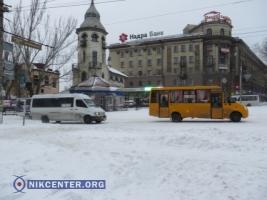 В Николаеве с самого утра идет снег, но транспортного коллапса пока нет. ФОТОРЕПОРТАЖ