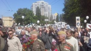 В Киеве между участниками акции «Бессмертный полк» и полицейскими произошла потасовка