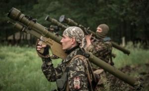 За сутки боевики 25 раз обстреливали позиции военных и окрестности населенных пунктов