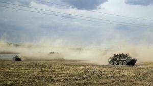 Через пункт пропуска «Изварино» с территории России в Украину прошла колонна бронетехники