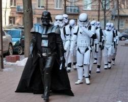 Кандидат от Интернет партии Украины Дарт Вейдер начал предвыборную кампанию