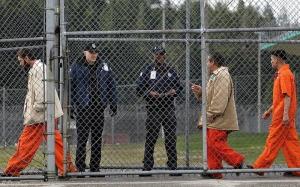 В США более 3000 заключенных досрочно вышли на свободу