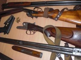 Николаевцы добровольно сдали в милицию 59 единиц оружия, 42 снаряда и 45 гранат