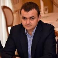 Нардеп Вадим Мериков, возглавляя земельную комиссию горсовета, помог получить своей подчиненной земельный участок в сосновом урочище на Маяке