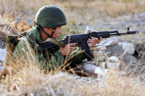 На Донбассе за сутки погибли восемь российских военных, еще девятеро ранены, – разведка