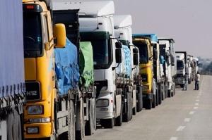 Между Польшей и Россией приостановят автоперевозки