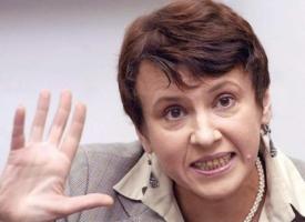 Оксана Забужко назвала виновных во вчерашних погромах в Киеве