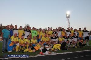 Футбольный матч «Известные николаевцы» и «Маэстро» завершился со счетом 3:4. ФОТОРЕПОРТАЖ