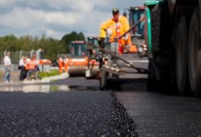 Кабмин: в 2017 году в Украине начнется строительство новых дорог