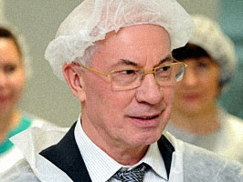 Азаров снова бредит дешевой ценой на российский газ