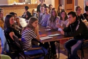 Николаевские поэты и музыканты провели благотворительный вечер в помощь бойцам АТО